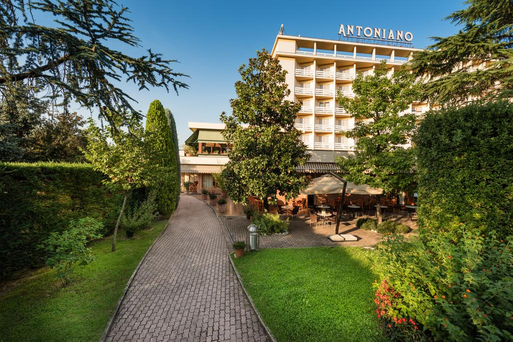 Hotel Terme Antoniano in Montegrotto Terme
